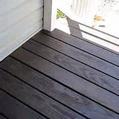 cabot deck stain in semi solid bark mulch half stained