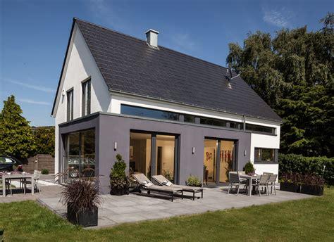 Moderne Häuser Frankreich by H 228 User Heeperholz