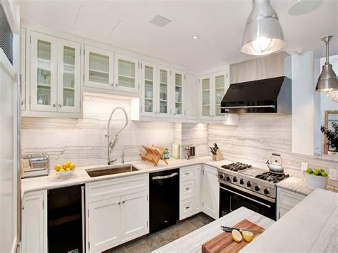White Kitchen Cabinets With Black Appliances-decor