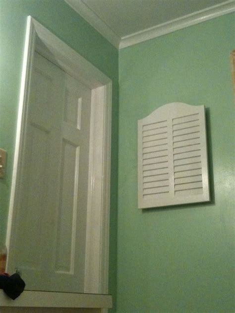 what color curtain for a mint green bathroom