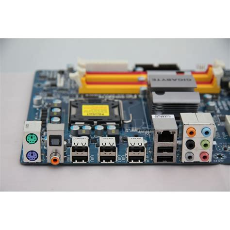 Gigabyte GA-EP45-UD3LR P45 S775 ATX - | Mindfactory.de