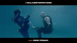 A Flying Jatt Vs Raka | Underwater Fight - YouTube