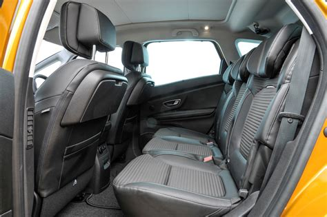 renault scenic 2005 interior renault scenic 2016 review parkers