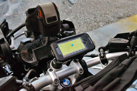 motorcycle iphone mount sw motech ruggedized iphone 5 motorcycle mount review