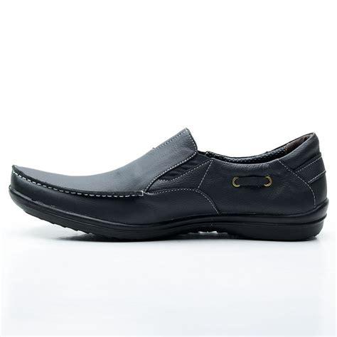 Jual Sepatu Santai Pria jual sepatu santai sepatu kulit pria slip on model casual