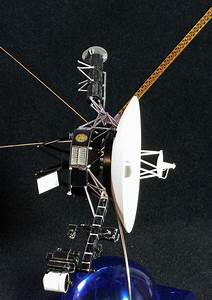 Voyager 2 Probe - Pics about space