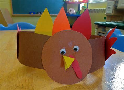 terrific preschool years thanksgiving placemats 408   DSC00768