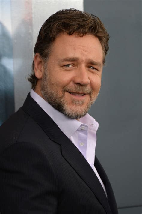 Russell Crowe Profile| Biography| Pictures| News