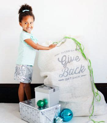 diy no sew give back gift sack kids donate last year s