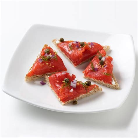 smoked salmon canape ideas best 25 salmon canapes ideas on smoked salmon canapes smoked salmon cheese