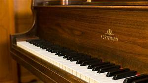 Used Kurtzmann Usa Made Baby Grand Piano For Sale