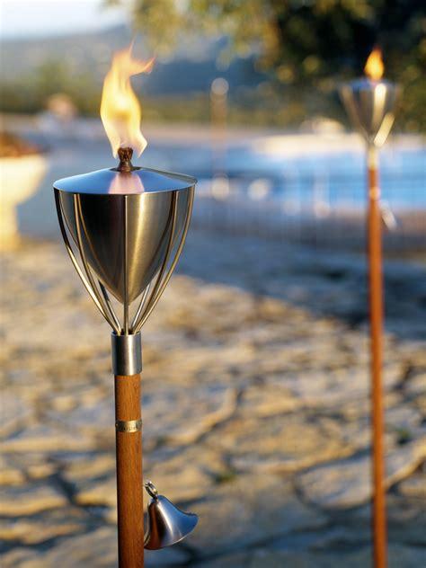 Gartenfackeln  Licht Und Feuer Im Garten Durch Fackeln