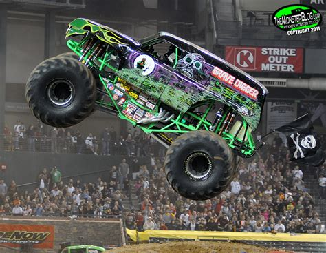 grave digger monster truck for sale grave digger xxiv international monster truck museum