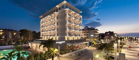 sterne riccione hotels pool spa riccione