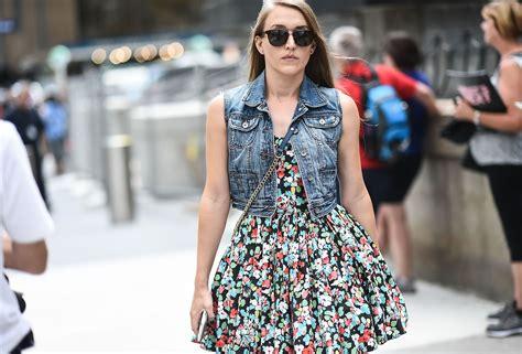 stylish ways  wear  jean jacket  summer