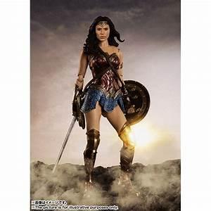 Justice League Wonder Woman Sh Figuarts Action Figure