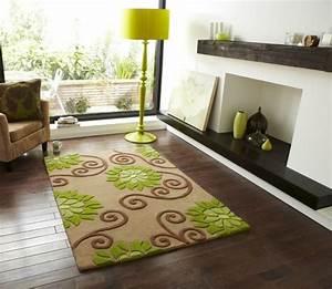tapis laine moderne invitez les couleurs et le style With tapis salon vert