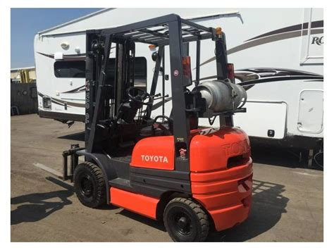 Toyota 42-6fgu15 3000lbs Lpg Forklift Side Shift Solid