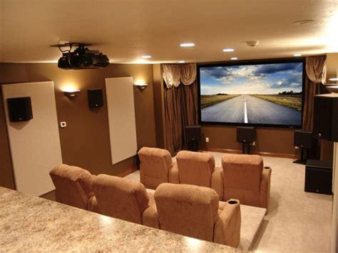 canapé ubaldi décoration salon home cinema