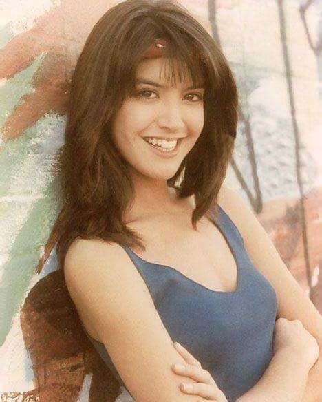 foto de 50 Hot Phoebe Cates Photos 12thBlog