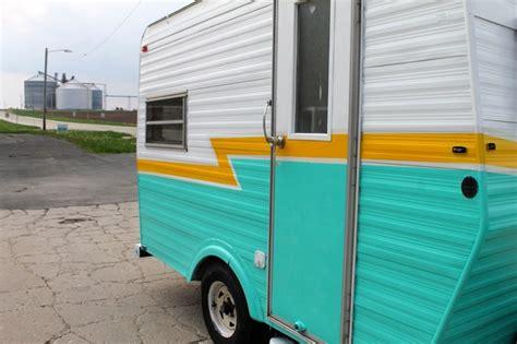 vintage caravan or travel trailer midcentury exterior chicago