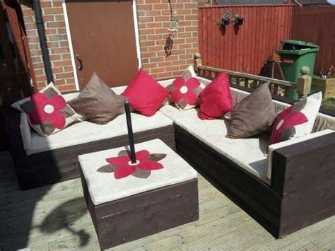 salon de jardin palette dunlopillo salon de jardin fabriqué avec des palettes patio