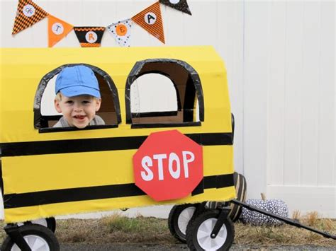 turn  wagon   school bus  halloween diy