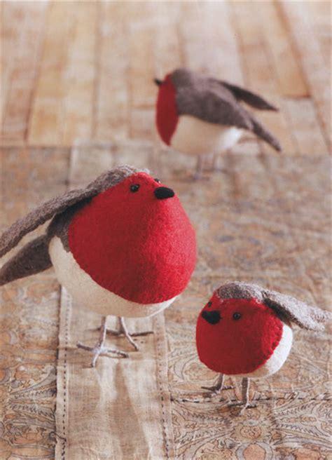 American Robin Birds Felt Ornaments Holiday Decor Set of 3: NOVA68.com