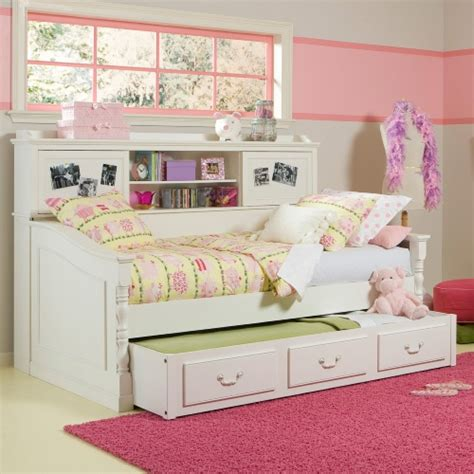 Daybed With Bookcase And Trundle by Bookcase Daybed At Hayneedle