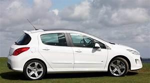 Peugeot 308 2010 : peugeot 308 gt thp 200 2011 review car magazine ~ Gottalentnigeria.com Avis de Voitures