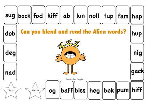 phonics  fidgets  felix alien word board game