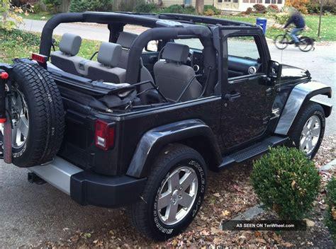 jeep wrangler 2 door soft top 2010 jeep wrangler sahara hard soft top hitch bike rack