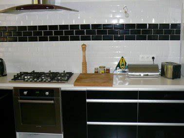 carrelage blanc cuisine carrelage cuisine mural blanc