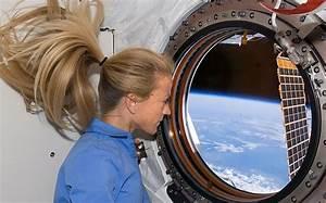 Faces of astronauts in space – Astro Bob