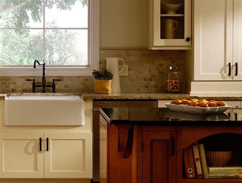 kitchen cabinets rockford il white kitchen cabinets maple kitchen cabinets rockford 6367
