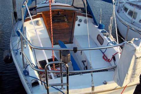 catalina   edgewater maryland sailboat  sale