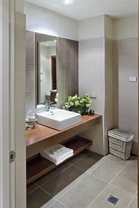 Waschtisch Bad Holz : waschtisch aus holz f r mehr gem tlichkeit im bad ~ Sanjose-hotels-ca.com Haus und Dekorationen