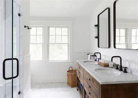 industrial farmhouse bathroom tile 16 modern farmhouse bathrooms Industrial Farmhouse Bathroom Tile