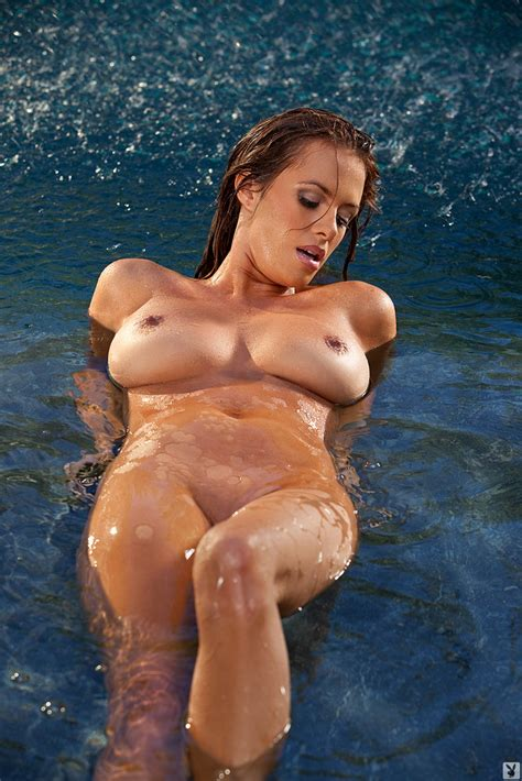 Sharae Spears Sharae Spears Takes Her Bikini Babes