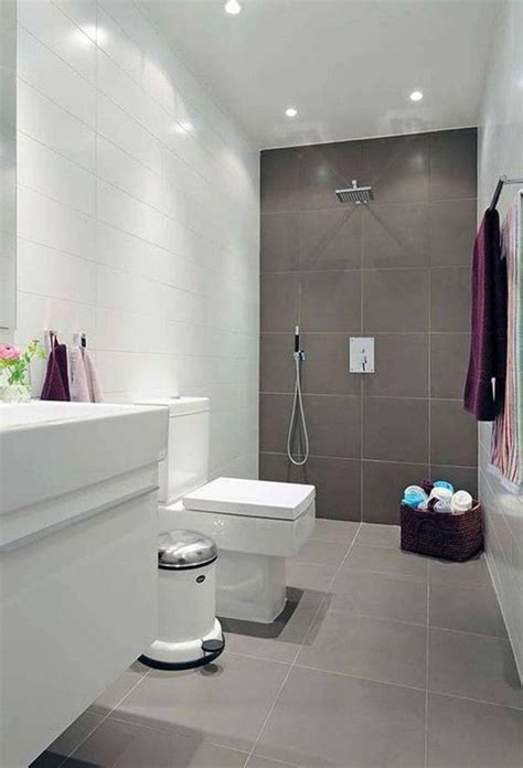 Bathroom Tile Ideas For Small Bathrooms by Small Bathroom Design With Large Tiles Small