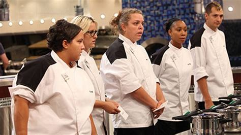 hell s kitchen season 11 hell s kitchen recap 6 20 13 season 11 quot 5 chefs compete