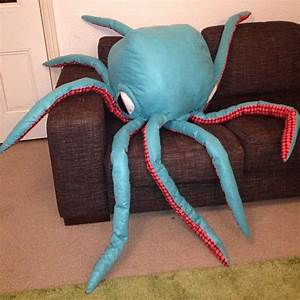 Giant, Octopus