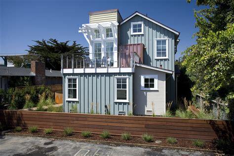 horizontal wood fence exterior beach with bark beach house board beeyoutifullife com