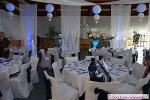 Decoration de mariage sur le theme liberty en bleu marine for Deco bleu marine et blanc