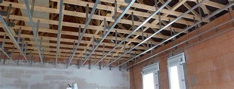 plafond plaque de platre sur ossature metallique 28 images monter un plafond en plaque de pl