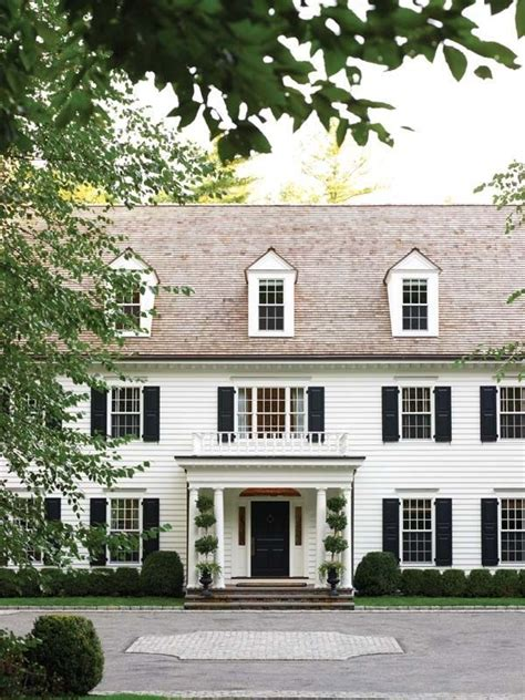 Colonial Revival New England Home Magazine in 2020 New