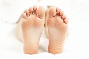 Feet Host To 80 Types Of Fungi  Study Says
