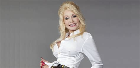 Revealing Truths About Dolly Parton's Siblings, Family and ...