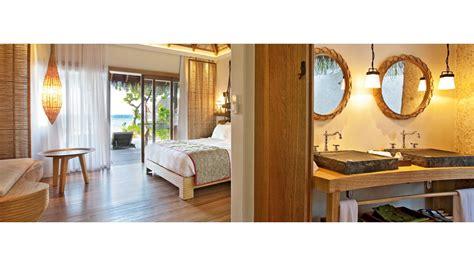 chambres d h es foix ari e constance moofushi hotel maldives smith hotels