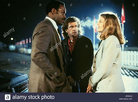 mel gibson and rene russo danny glover mel gibson rene russo lethal weapon 3 1992